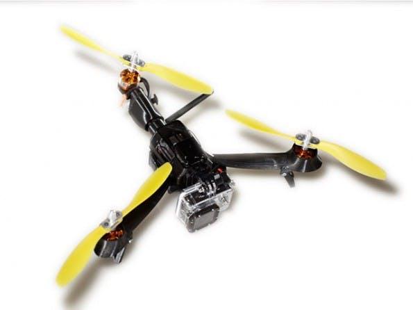 Pocket Drone: Die Drohne trägt eine GoPro-Kamera. (Bild: AirDroids)