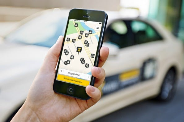 Angebote wie MyTaxi oder Uber machen der Taxibranche viel Druck. Jetzt soll eine neue App-Offensive helfen. (Foto: MyTaxi)