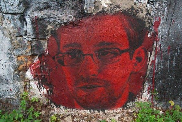 NSA-Skandal: Whistleblower Edward Snowden wird am Donnerstag Fragen von Twitter-Nutzern beantworten. (Foto: Thierry Ehrmann / Flickr Lizenz: CC BY 2.0)