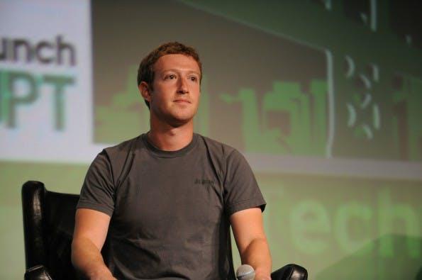 Genießt kein Vertrauen bei Facebook- und WhatsApp-Nutzern: Mark Zuckerberg. Foto: TechCrunch  – via flickr , Lizenz  CC BY 2.0