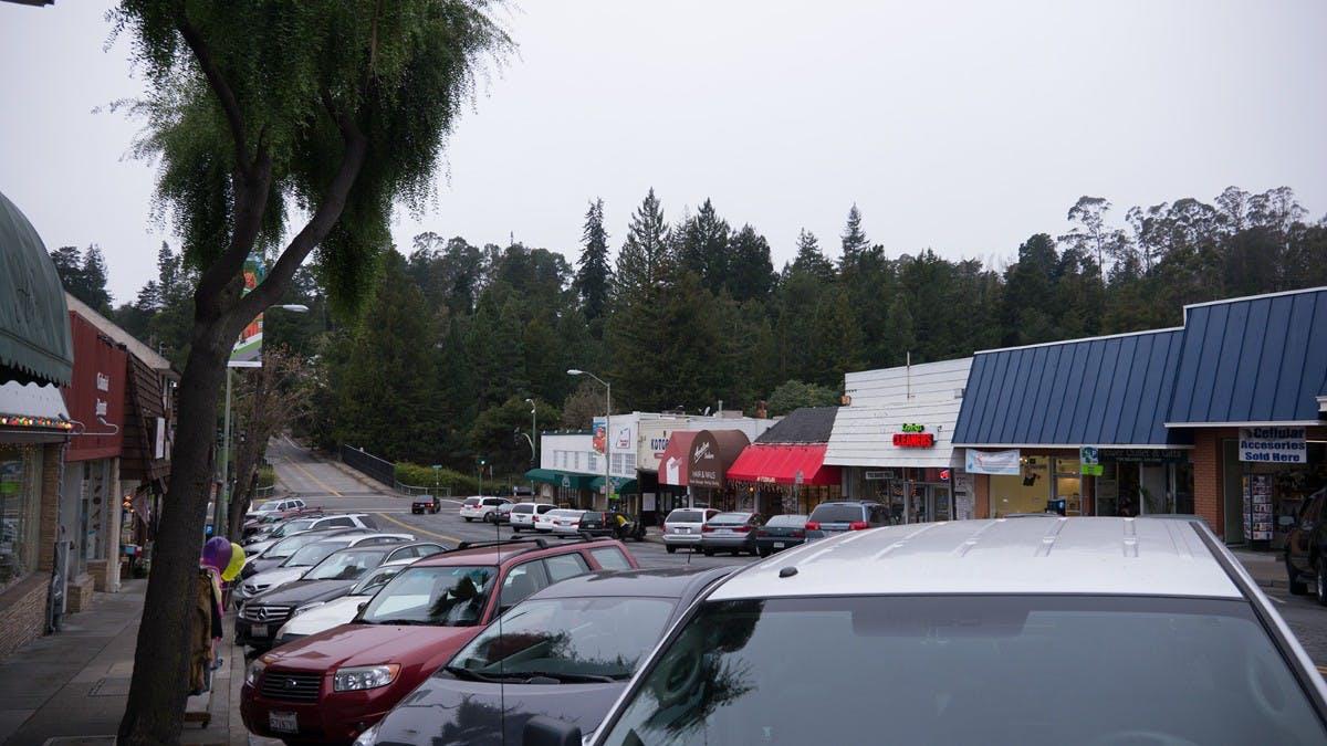 """Die 3D-Druckerei """"HoneyBee3D"""" liegt in Montclair, einem wohlhabenden und ruhigen Stadtteil von Oakland. (Foto: t3n)"""