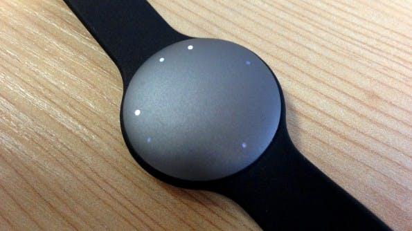 Alle Informationen, die der Nutzer braucht, zeigt der Misfit Shine über Leuchtdioden an. (Foto: t3n)