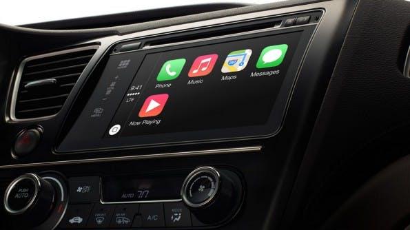 Mit CarPlay unternimmt Apple seit geraumer Zeit den Versuch, stärker ins Interieur von Fahrzeugen vorzudringen. (Foto: Apple)