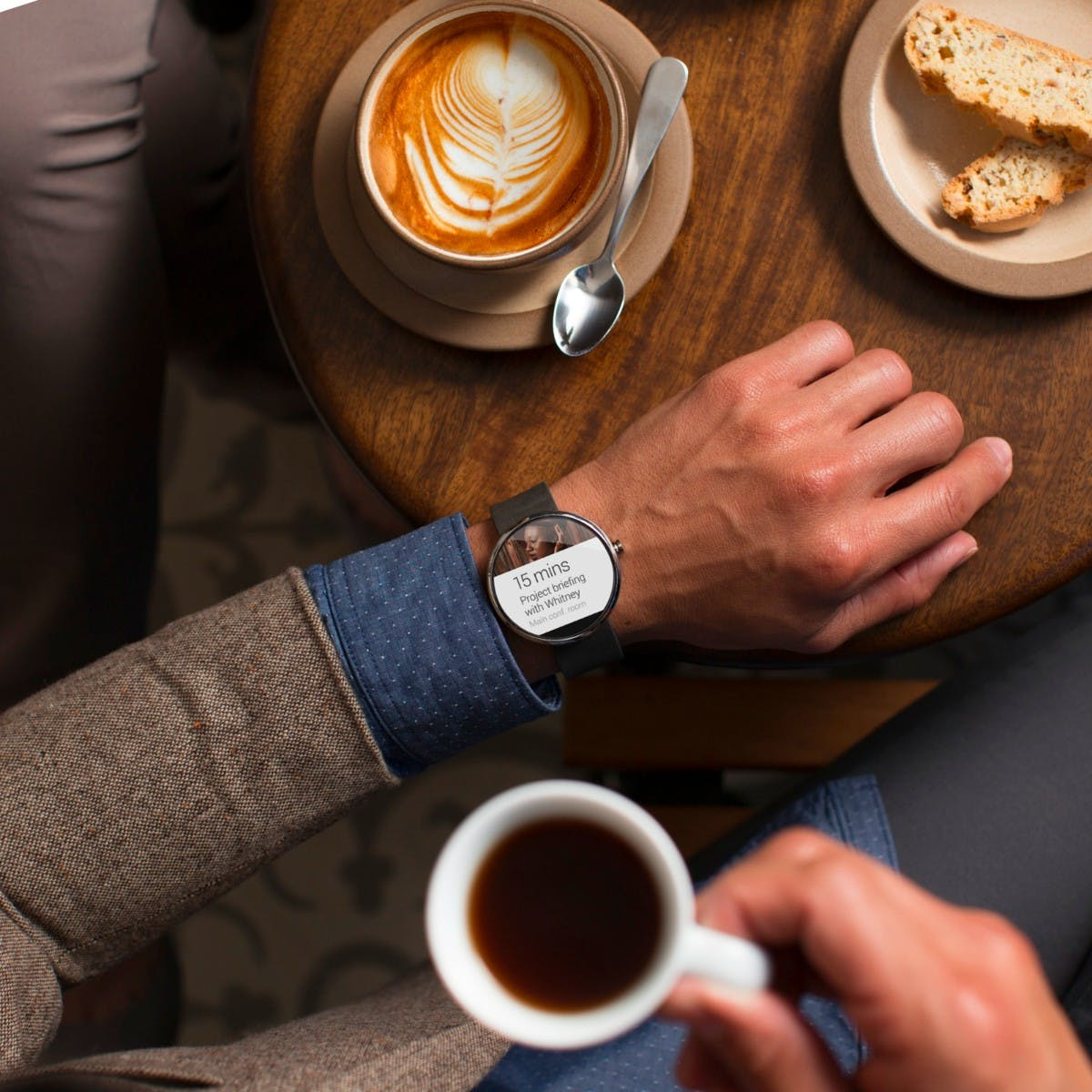 Für jedes Handgelenk eine: Motorola soll Moto-360-Nachfolger in zwei Versionen bringen