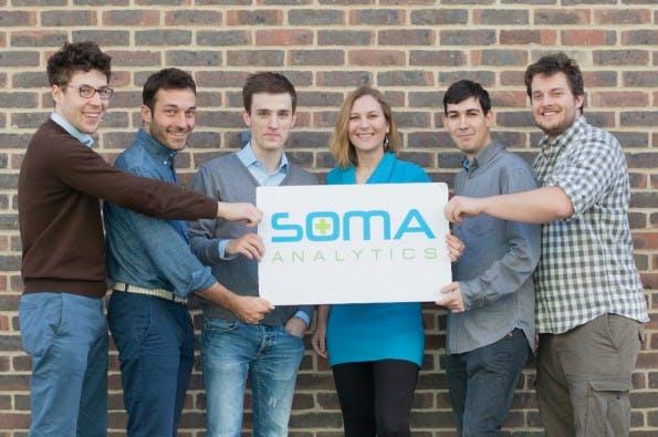 Das Startup-Team von SOMA Analytics um die vier Gründer Christopher Lorenz, Johann Huber, Peter Schneider und Fabian Alt (nicht im Bild) (Foto: SOMA Analytics)