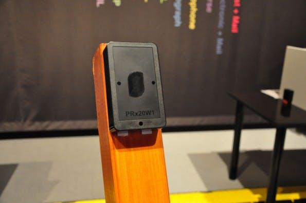 Die Lichtschranke, der Personenzähler von sensalytics. (Foto: t3n)