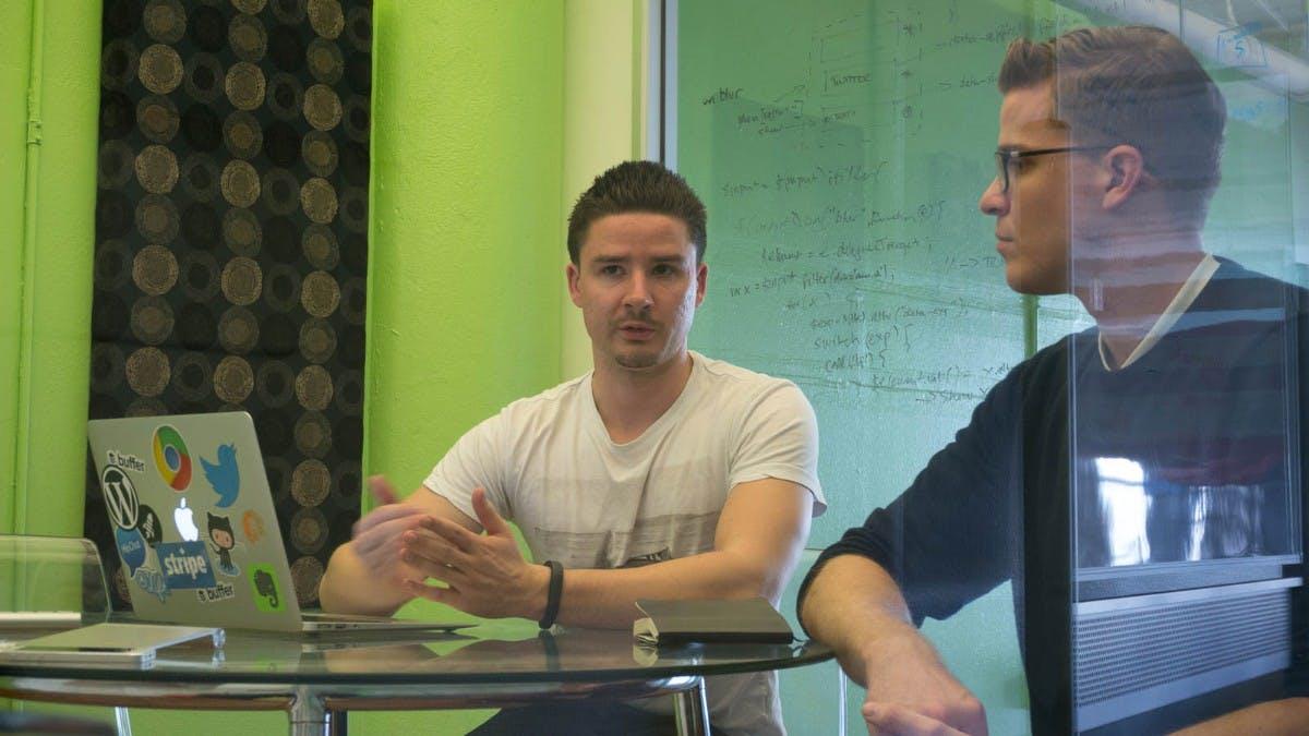 """""""Der größte Fehler, den ich je gemacht habe"""": Warum der Buffer-Gründer plötzlich 10 Mitarbeiter entlässt"""