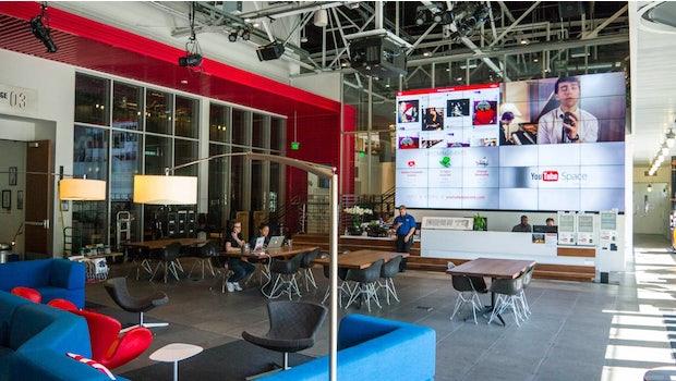 Der Eingangsbereich des Youtube Space LA: Viel Platz für Kreativität. (Foto: Moritz Stückler)
