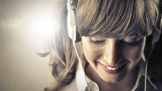 Musik am Arbeitsplatz: Atemlos … durch die Schicht!?