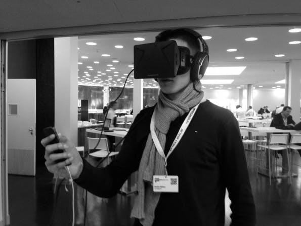 Die Virtual-Reality-Brille Oculus Rift wird von Kollege Daniel Hüfner getestet. Sein Fazit: Erfrischend neu, aber auch zwei Milliarden US-Dollar wert? (Foto: t3n)
