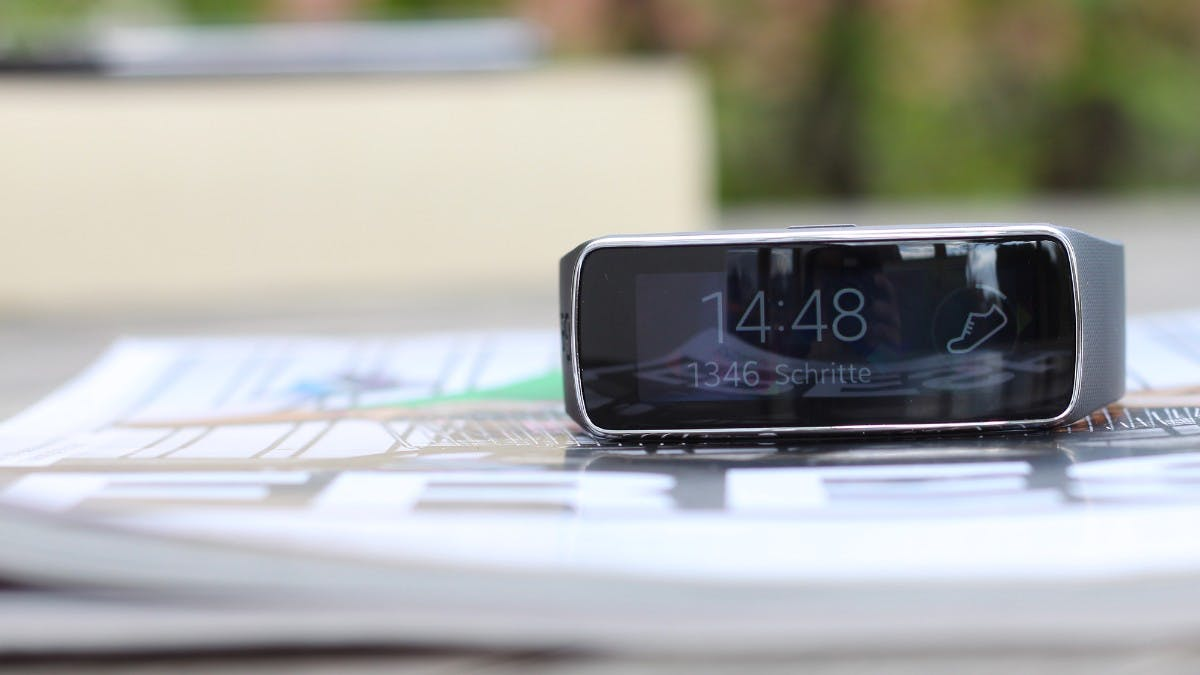 Fitness-Tracker, Smartwatch oder modisches Accessoire? Samsung Gear Fit im Test