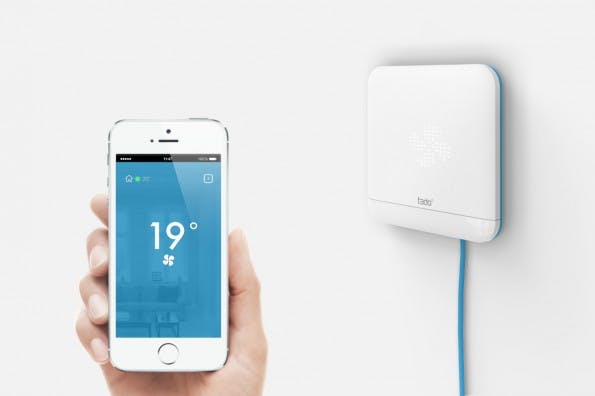 """Das ist das neue Produkt von Tado: """"Cooling"""" soll sich jetzt den Klimaanlagen annehmen und sie intelligent mit dem Smartphone vernetzen. (Foto: Tado)"""