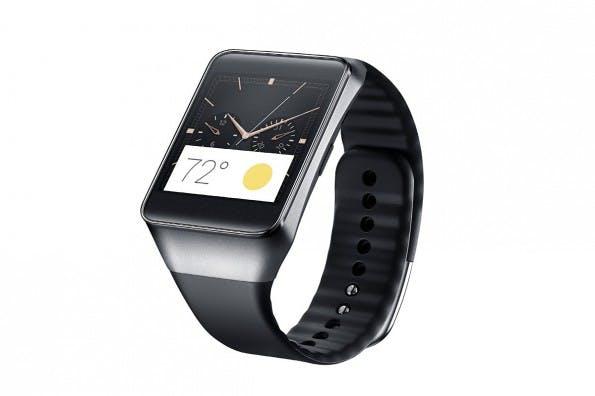 Die Samsung Gear Live ähnelt den bisherigen Samsung-Gear-Modellen, verzichtet aber auf die Kamera und den Home-Button. (Quelle: Samsung)