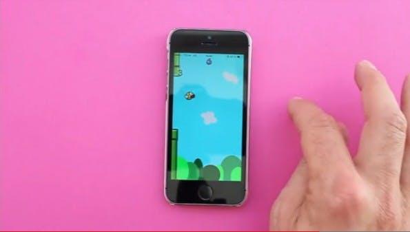 fuffr-Demo anhanf eines Flappy-Bird-Klons. (Screenshot: fuffr.com)