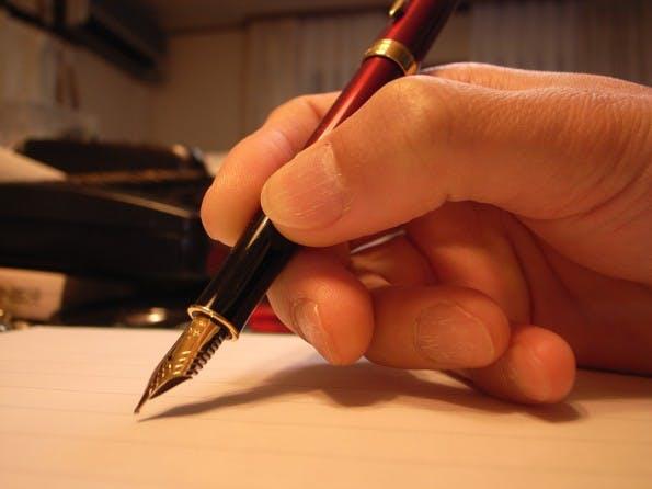 Schneller Schreiben: Wir geben euch Ratschläge, mit denen ihr schneller einen fertigen Text kreiert. (Foto: Toshiyuki IMAI / Flickr Lizenz: CC BY 2.0)