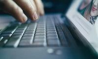 Selbstdarstellung in Sozialen Netzwerken: Macht das Netz uns zu Lügnern? [Kolumne]