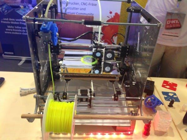 So sieht der selbst gebaute 3D-Drucker aus. (Foto: Developer Week)