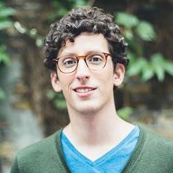 """Sebastian Schütz von youvo.org: """"Wir möchten jungen Menschen eine Chance bieten."""""""