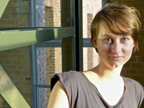 Lea Böhm ist als Team Managerin für die interne Kommunikation, das Konfliktmanagement und die Team- und Personalentwicklung beim Startup ezeep verantwortlich. (Foto: Lea Böhm)
