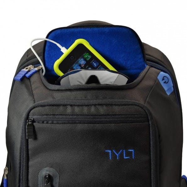 Geräte aufladen mit Taschen oder Rucksäcken. (Foto: Tylt)