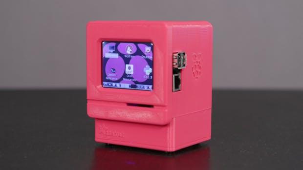 Dank Raspberry Pi zum coolsten Schreibtisch im ganzen Büro: So baut ihr euch einen Macintosh Classic im Miniaturformat