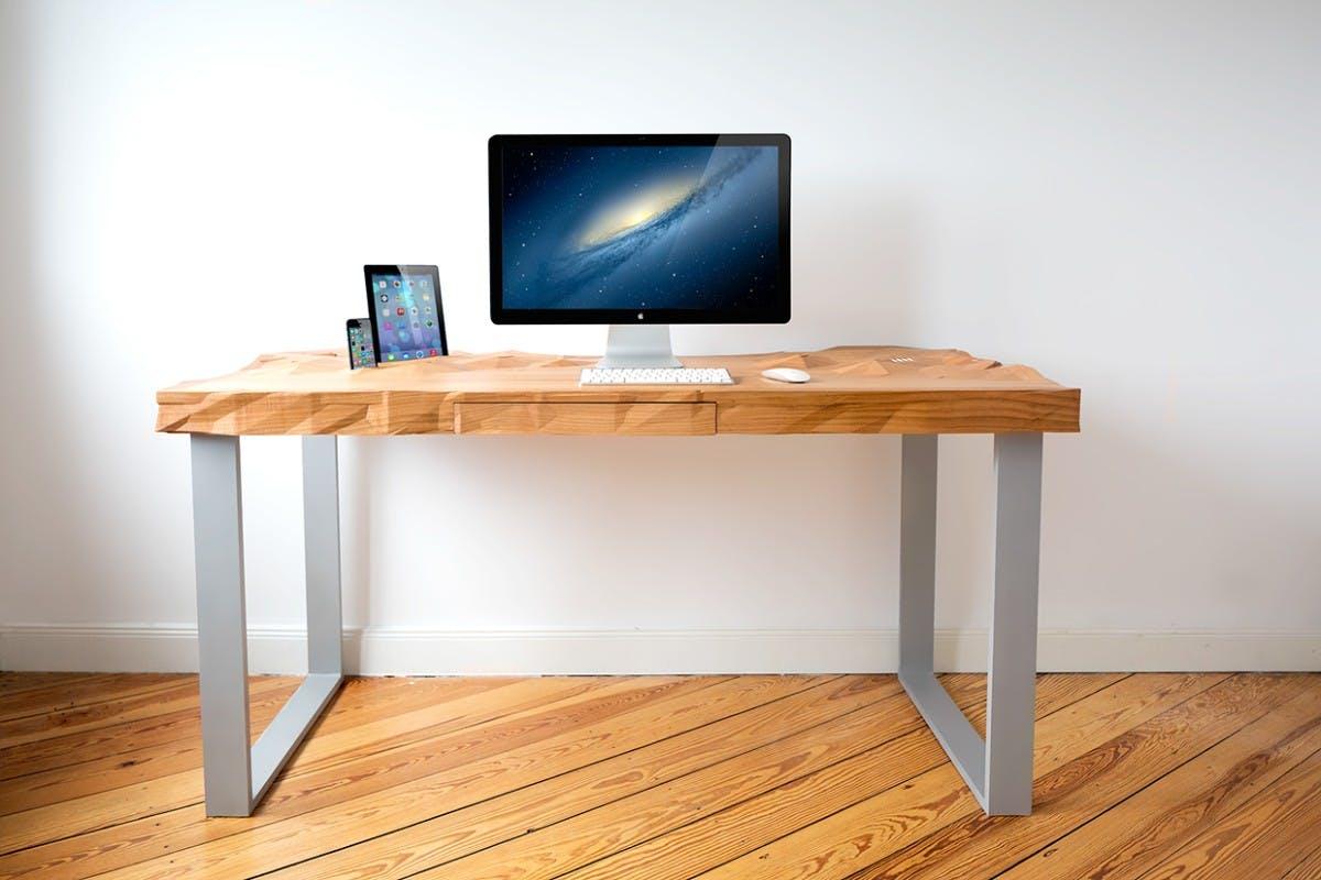 Schreibtisch holz dunkel  Nicht von der Stange: Diese 10 Schreibtische verschönern dein ...