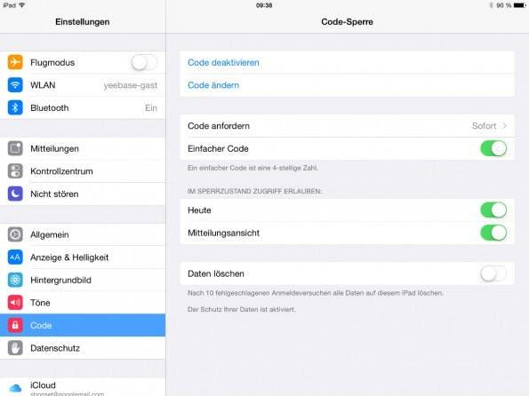 Ihr könnt in den Einstellungen von iOS 8 ein Passwort festlegen, das auch länger als vierstellig sein kann.