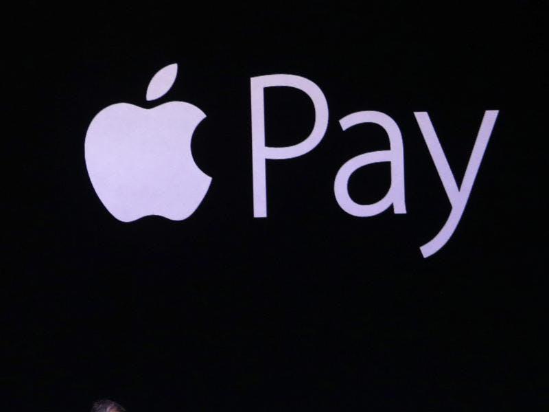 Deutsche Bank startet Zahlen per Smartphone - Apple Pay lässt weiter auf sich warten