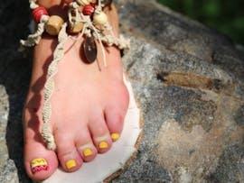 """Diese selbstgemachten """"Gladiatoren-Sandalen"""" sind laut Beschreibung ein absolutes Must-have für jedes Blumenkind. Die Blumenkinder der Kickstarter-Community hatten aber kein Interesse. (Quelle: kickended.com)"""
