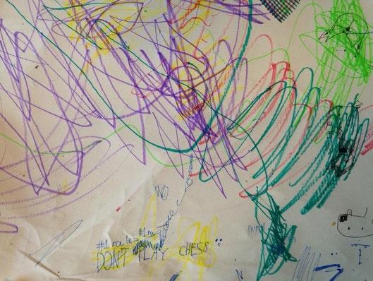 Massiver Gebrauch von Farbe und Großschreibung. Von @workjons Kind. Folge ihm auf Twitter, seine Texte über Design sind fantastisch.