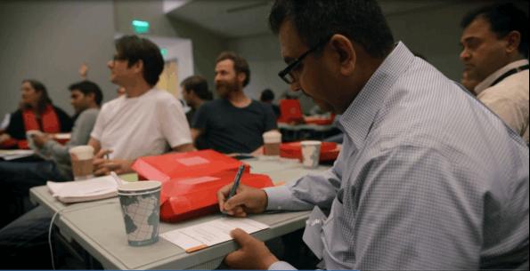 Mit 1.000 US-Dollar auf einer Prepaid-Kreditkarte entwickeln und validieren Adobe-Mitarbeiter ihre eigene Geschäftsidee. (Foto: Adobe)