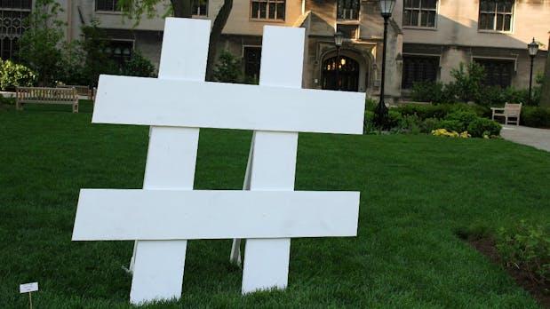 Geschichte des Hashtags: Wie ein kleines Zeichen das Web verändert hat [Infografik]