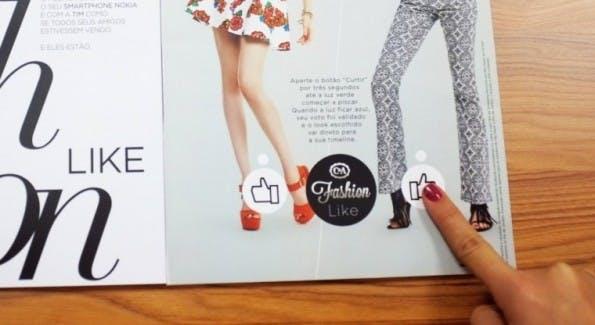 Ein Print-Magazin mit Like-Button, der auch funktioniert. (Foto: dm9ddb.com.br)