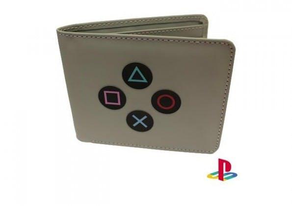 Wenn euer Geek seine erste PlayStation vermisst, dann könnte diese Geldbörse genau das richtige Geschenk sein. (Bild: Funstock)