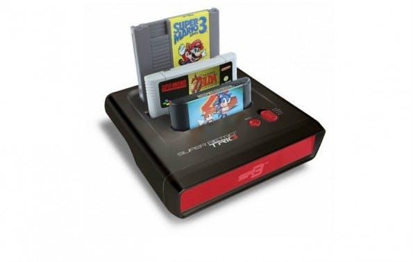 Drei Klassiker in einer Konsole: NES, SNES und Mega Drive. (Bild: Funstock)