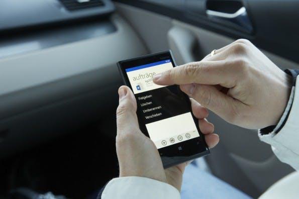 Office-Apps: Cortana könnte Bedienung via Fingertipp bald ablösen. (Foto: Microsoft)