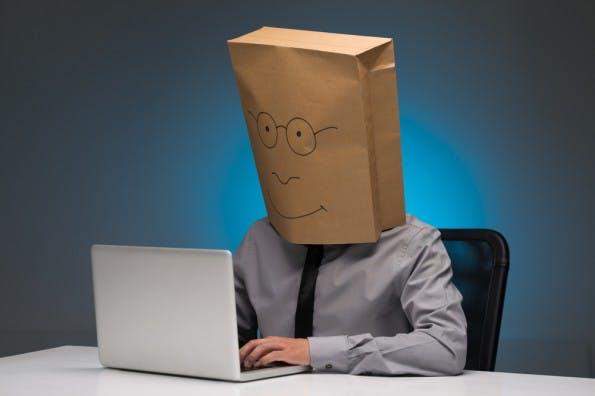 Durch Identitätsdiebstahl können ahnungslose Nutzer massive Probleme bekommen. (Foto: Shutterstock)