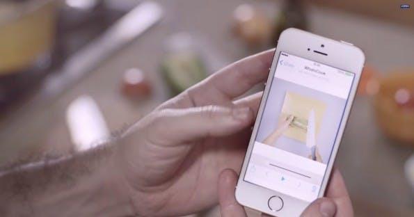 """Mayonnaisen-Hersteller Hellmann's liefert mit seiner """"WhatsCook-Kampagne"""" ein Paradebeispiel für gelungene One-to-One-Kommunikation. (Screenshot: youtube.com)"""
