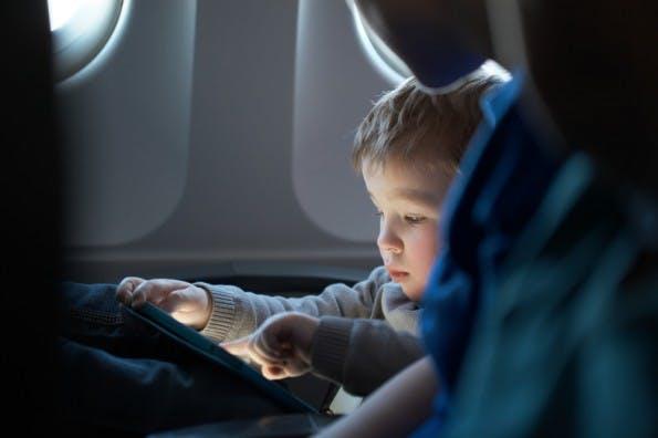 In Sachen Technik haben die meisten Kinder ihre Eltern heute überholt. (Foto: Shutterstock / d13)