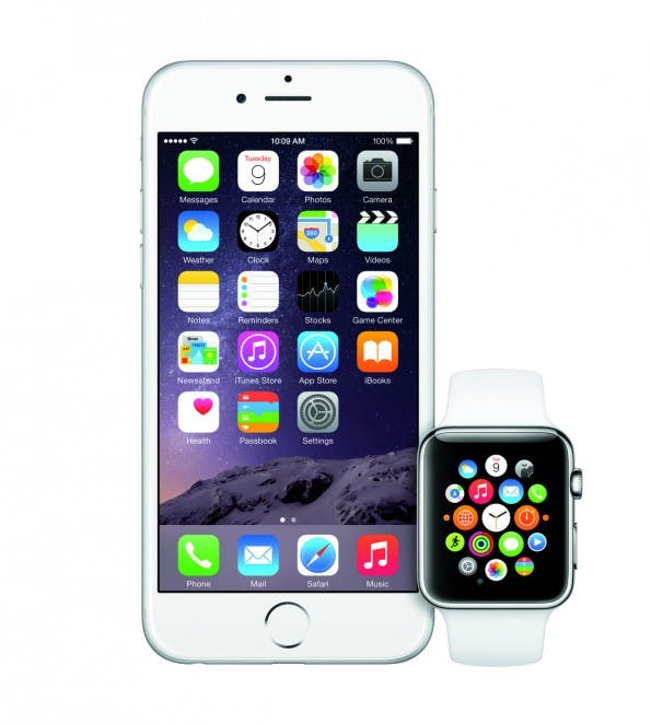 iOS 8.2 soll Kommunikation zwischen Apple Watch und iPhone sicherstellen. (Foto: Apple)