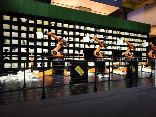 Sinnbild für die Industrie 4.0: die Robochop-Roboter auf der CeBIT 2015. (Foto: t3n)