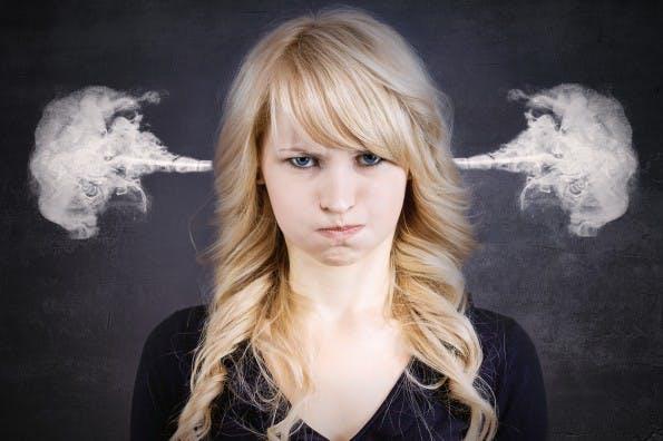 Immer nur Absagen? Antwortschreiben zeigen, dass ihr selbstbewusst mit der Absage umgeht. (Bild: Shutterstock / PathDoc)