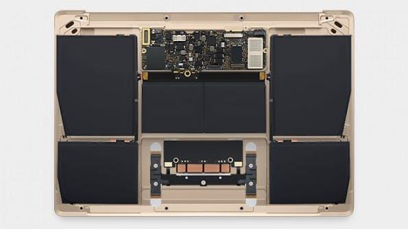 Die Hardware in Form des Logic Boards ist um zwei Drittel geschrumpft und kaum größer als die Hardware in einem iPad. (Foto: Apple)