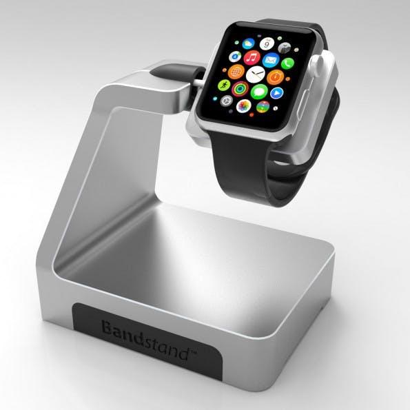 Apple Watch: Die Ladestation bringt drei zusätzliche USB-Anschlüsse mit. (Foto: Bandstand)