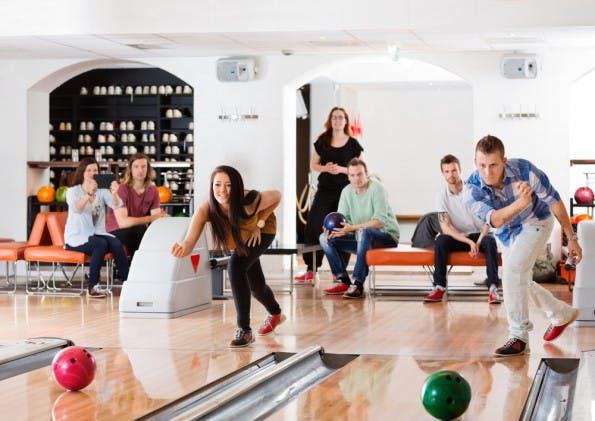 bowling kegeln teamevent teambuilding