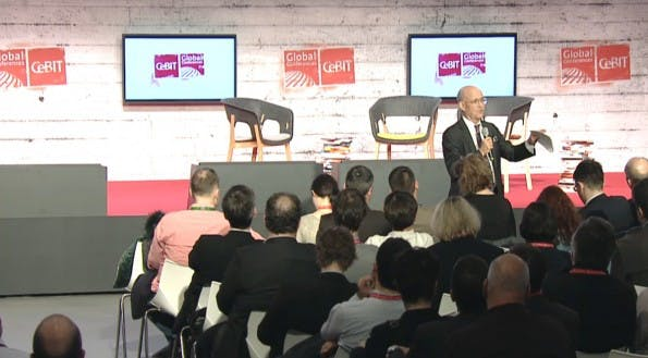 Jeremy Rifkin spricht auf den Cebit Global Conferences 2015. (Bild: CeBIT)