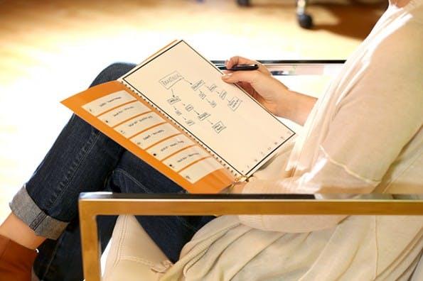 Rocketbook ist ein wiederverwendbares Notizbuch mit Cloud-Anbindung. (Foto: Rocketbook)