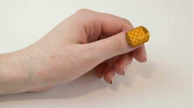 Diskret Nachrichten senden: Mit NailO machst du deine Fingernägel zum Touchpad