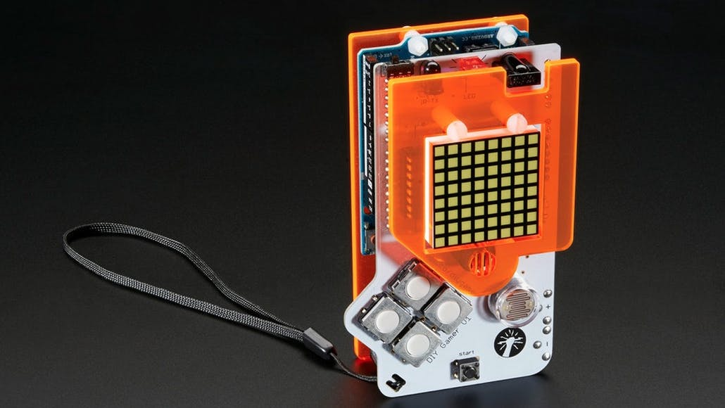 """Spielzeug für Nerds: Mit dem Arduino-DIY-Gamer-Kit baut ihr euren eigenen """"Game Boy"""""""