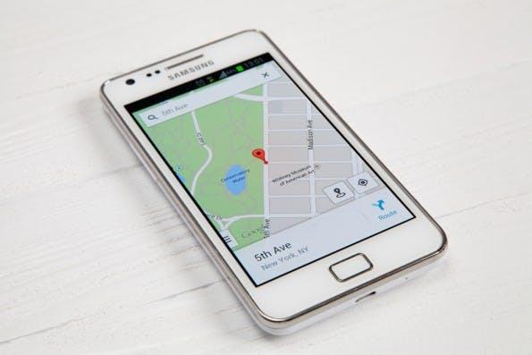 Werbung bei Google Maps? Etwas anderes als die klassischen Banner. (Bild: George Dolgikh / Shutterstock.com)